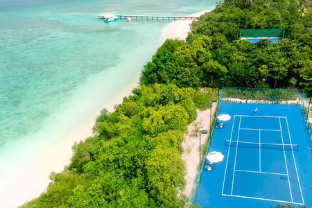 tennis at cheval blanc randheli hotel maldives