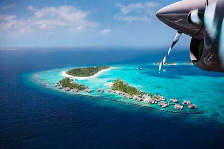 aerial plane view of cheval blanc randheli hotel maldives