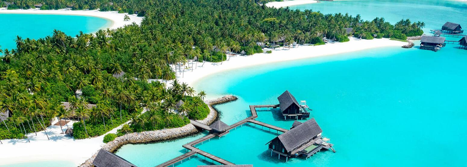 water villas with pool aerial at reethi rah resort maldives