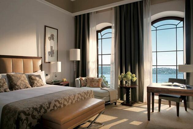 bedroom at four seasons bosphorus hotel turkey
