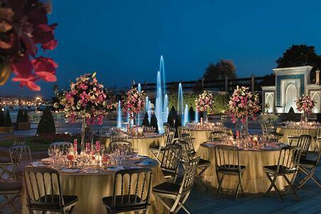 night dining at four seasons bosphorus hotel turkey