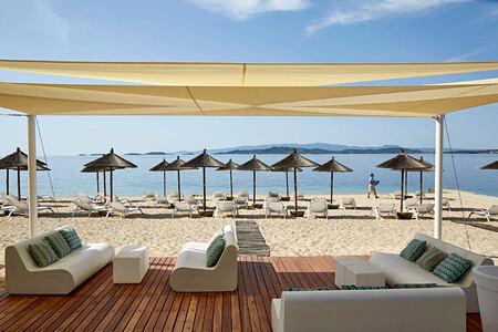 Beach Bar at Eagles Palace hotel