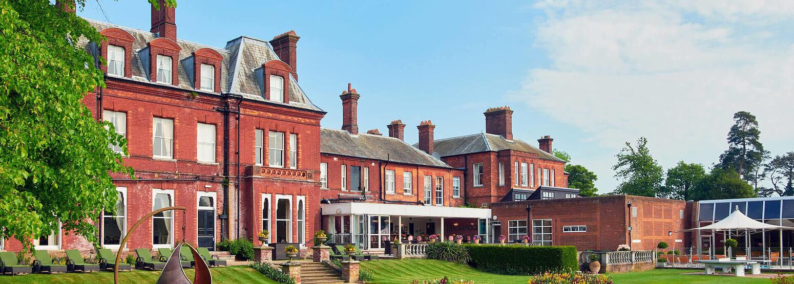 exterior of champneys tring hotel uk