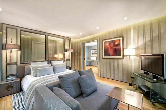 presidential suite bedroom at d-hotel turkey