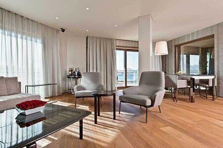 presidential suite meeting room at d-hotel turkey