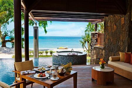 jacuzzi at angsana balaclava hotel mauritius