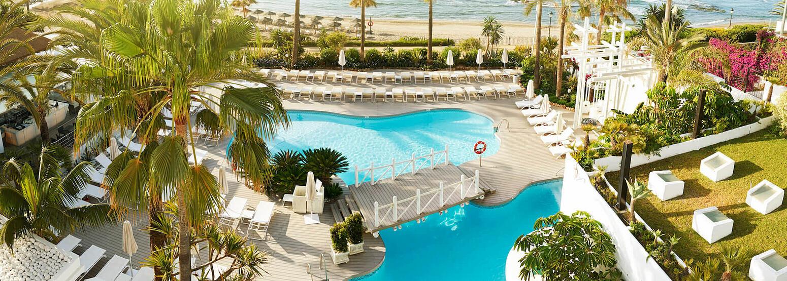 general pool at puente romano hotel marbella