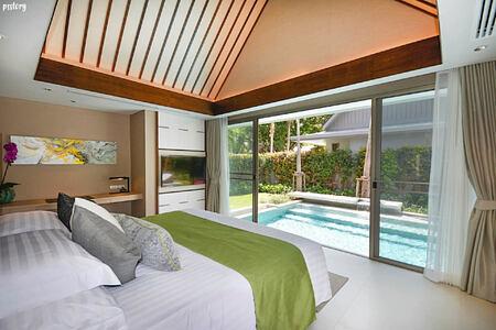 Grand Reserve Pool Villa bedroom at santiburi beach resort and spa