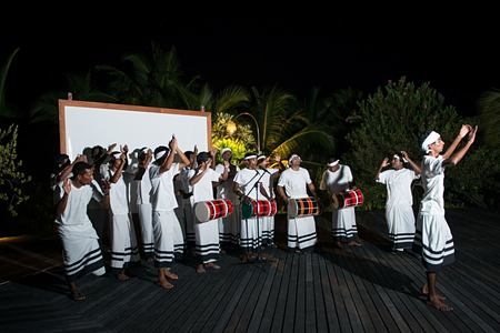 music at coco palm bodu hithi resort maldives