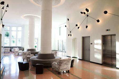 lobby at metropolitan by como usa