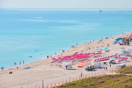 beach at metropolitan by como usa