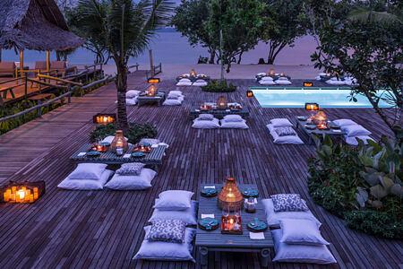 como beach club evening event at point yamu by como hotel thailand