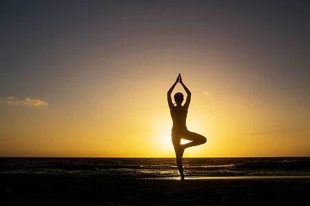 yoga at banyan tree mayakoba resort mexico
