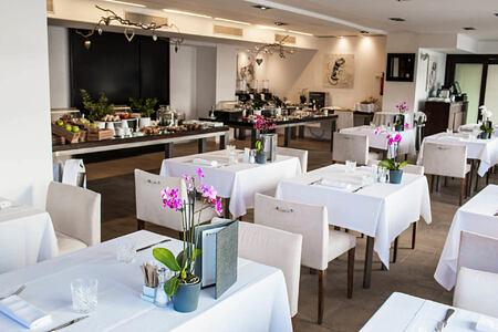 restaurant at hospes maricel and spa mallorca