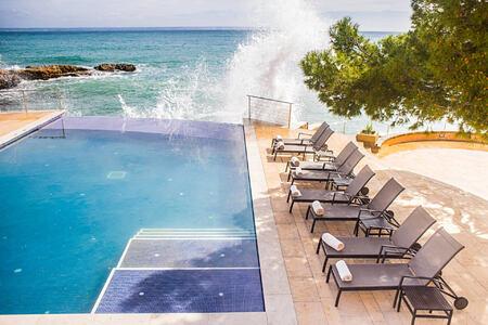 pool at hospes maricel and spa mallorca