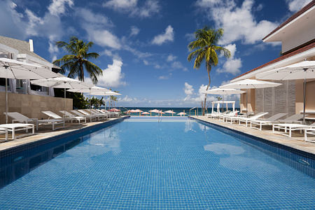 Infinity Pool at the body holiday resort st lucia