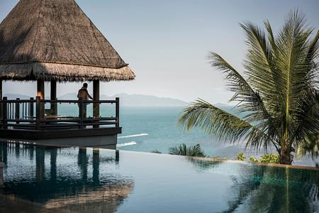 infinity pool at four seasons samui thailand