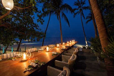 evening dining at four seasons samui thailand