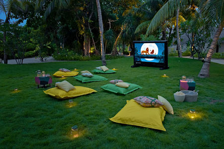 kids cinema at Kanuhura hotel Maldives