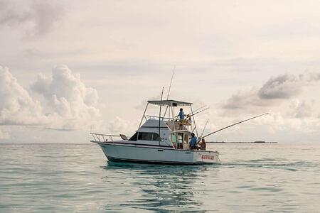 fishing at Kanuhura hotel Maldives