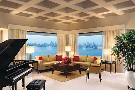 Kohinoor - Presedential Suite Living Room at The Oberoi Mumbai
