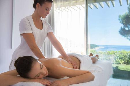 spa massage at La Reserve Ramatuelle