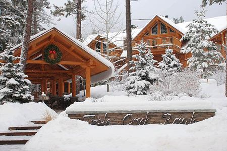 Lodge - Winter at triple creek ranch usa