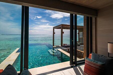 pool at four seasons kuda huraa resort maldives