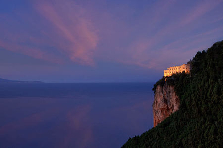 cliff view dawn at monastero santa rosa