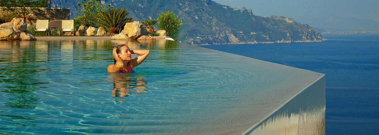 Infinity Pool Close Up Guest at monastero santa rosa
