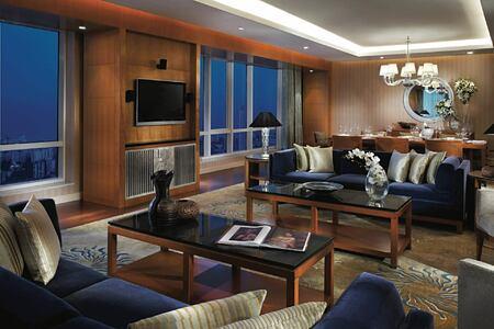 suite at four seasons mumbai hotel