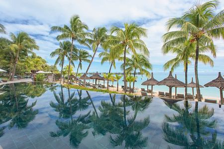pool at royal palm hotel mauritius