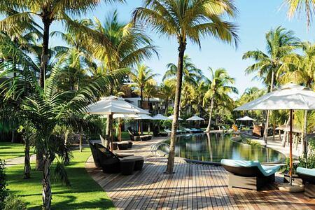 outside at royal palm hotel mauritius