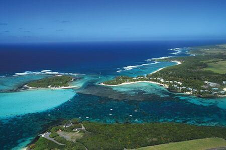 aerial view of shandrani resort mauritius