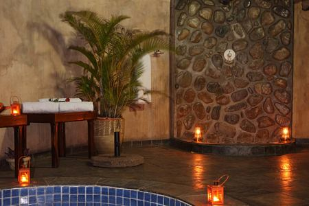 Mkuze Falls room plunge pool and outside shower south africa