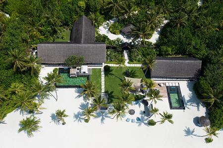 grand sunset residence aerial at reethi rah resort maldives