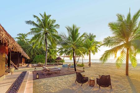 two bedroom villa residence at reethi rah resort maldives