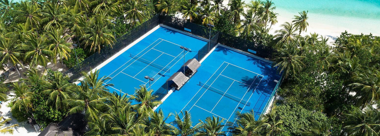 tennis court at reethi rah resort maldives