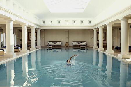 pool at anassa hotel cyrpus