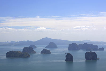 phang nga bay at six senses yao noi resort phuket thailand