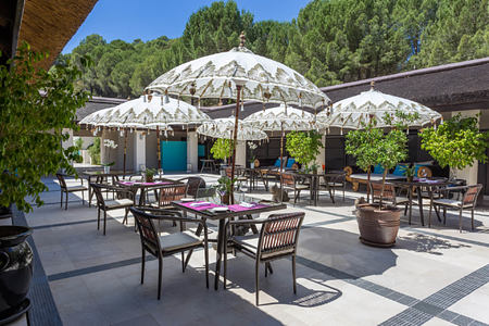Restaurant Terrace at shanti som hotel spain