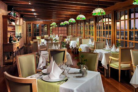 Restaurante Il Papagallo Entresuelo at hotel botanico tenerife