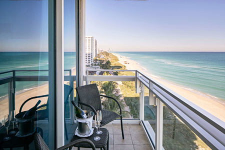 suite oceanfront balcony at carillion hotel usa