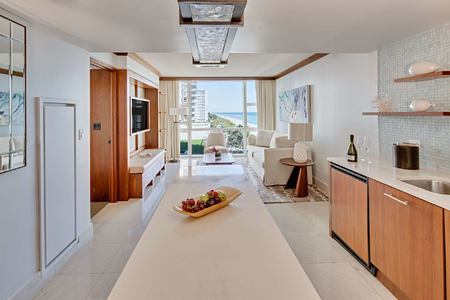 oceanview living kitchen at carillion hotel usa