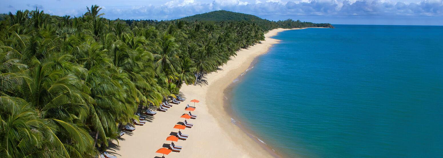 beach at santiburi beach resort and spa