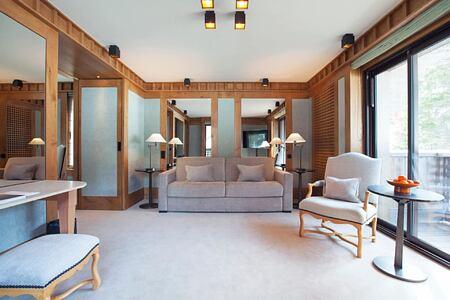 Suite Ski Piste at aman le melezin hotel france