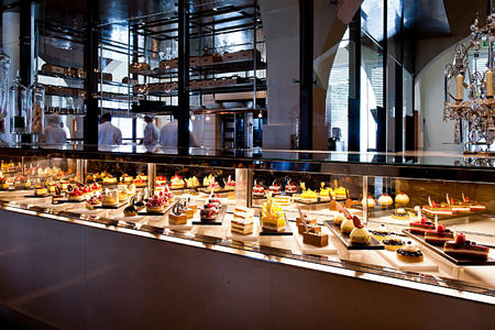 The Patisserie Counter at The Restaurant at the chedi hotel oman