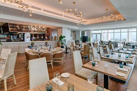 the strand dining room at carillion hotel usa