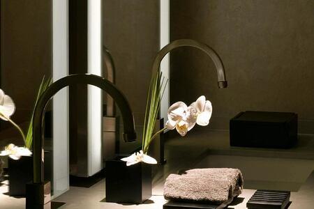 residences bathroom at armani hotel dubai