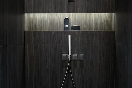 signature suite bathroom at armani hotel dubai